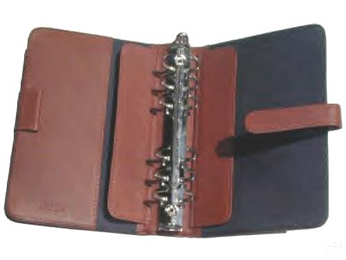 The Leather organiser has a quick Release 6 ring mechanism, to make adding and removal of sheets easy.
